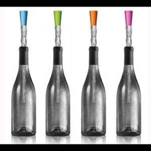 Corkcicle Color Wine Stopper